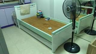 Single bed frame with pull out
