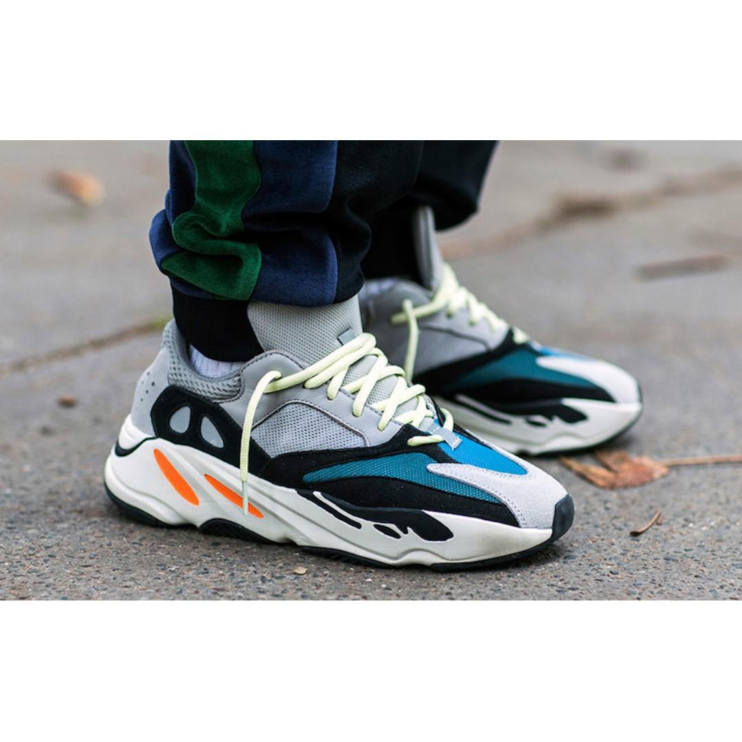 official photos a3916 bf43d adidas Yeezy Wave Runner 700 Solid Grey, Luxury, Shoes on ...