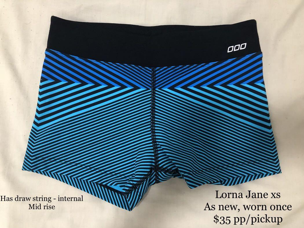Authentic Lorna Jane sports shorts - tight black blue pattern xs as new worn once
