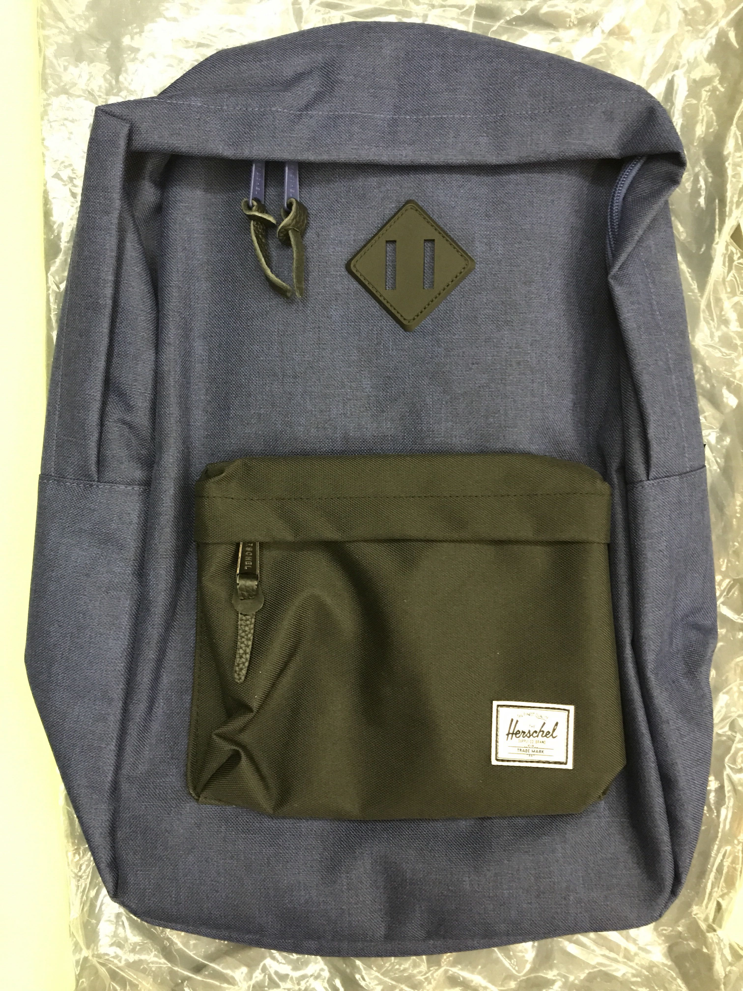 e6e155e6ec52 BN Herschel backpack