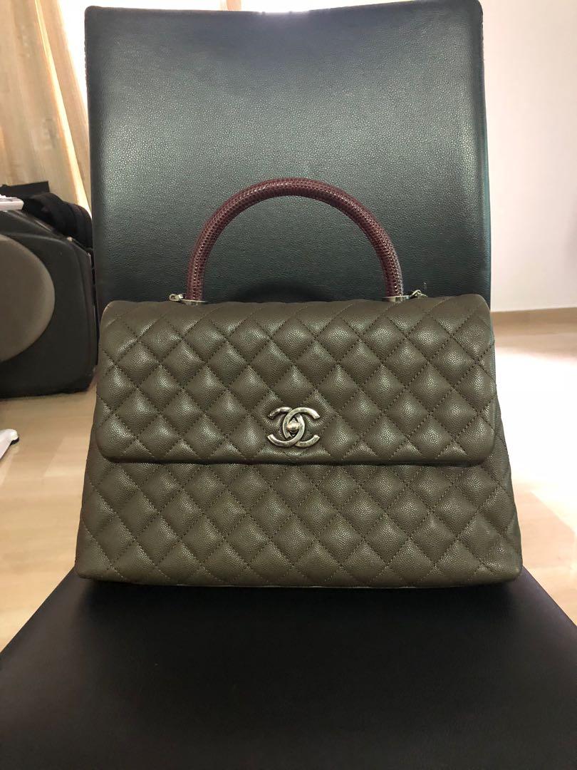 db221b96cda7fc Chanel Coco Handle Caviar Medium Flap Bag Luxury Bags Wallets