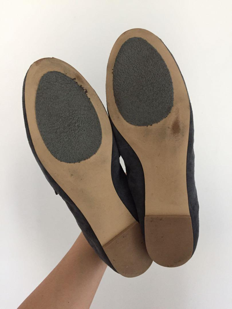 COUNTRY ROAD Martha Suede Loafers