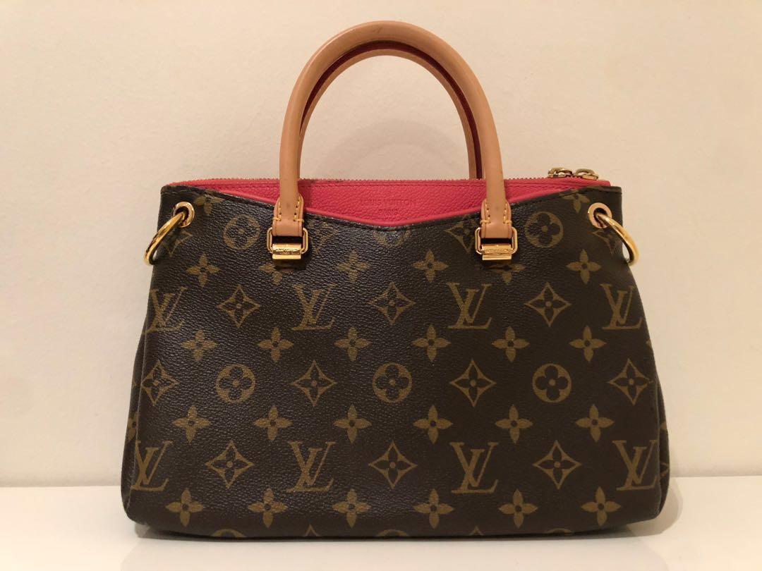 5ff67690e462 Louis Vuitton Pallas BB Bag