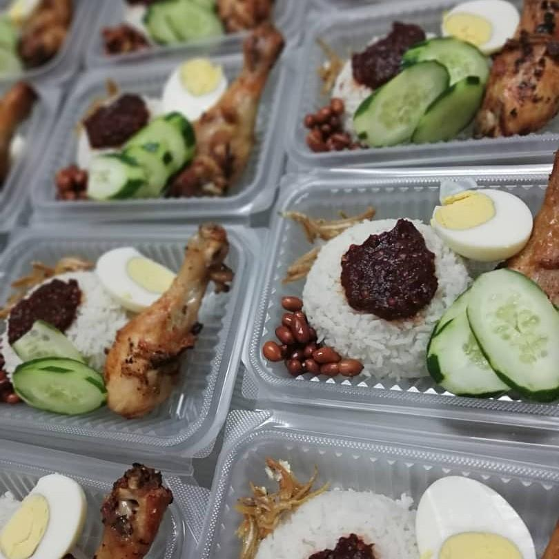 NASI LEMAK AYAM GORENG AIR FRIED