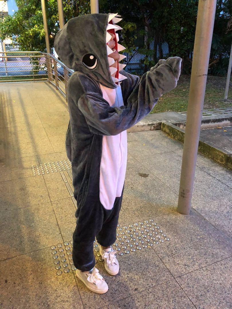 Onesie - Shark (S)