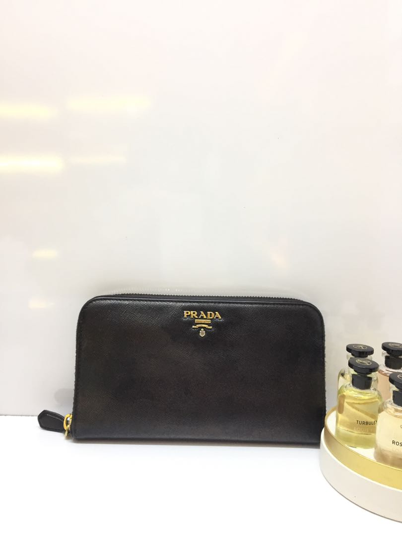 d7d0d354de48 Prada, Luxury, Bags & Wallets, Wallets on Carousell