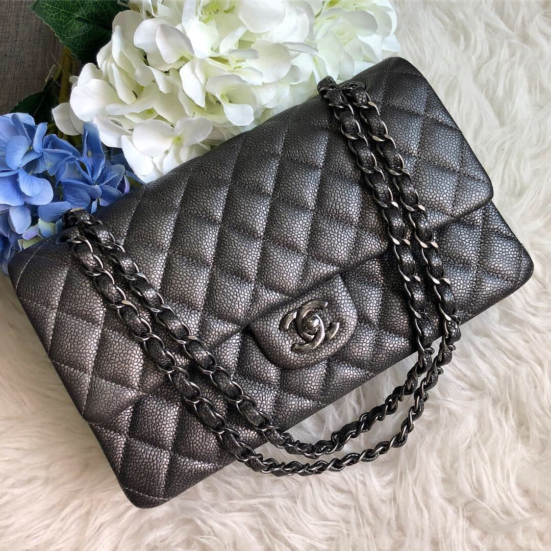 4954bdc665e8 ❌SOLD!❌ Beautiful and Popular!🖤 Chanel Classic Medium Flap in ...