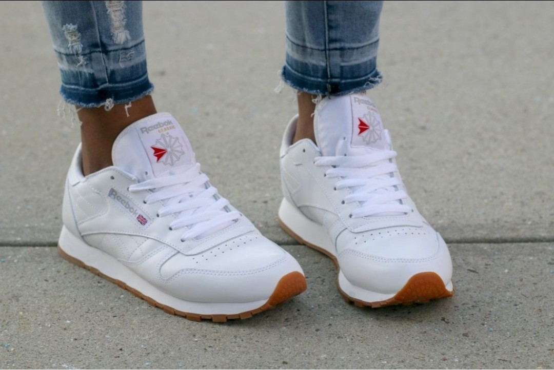 0e48835634b Reebok Classic Low Top Leather