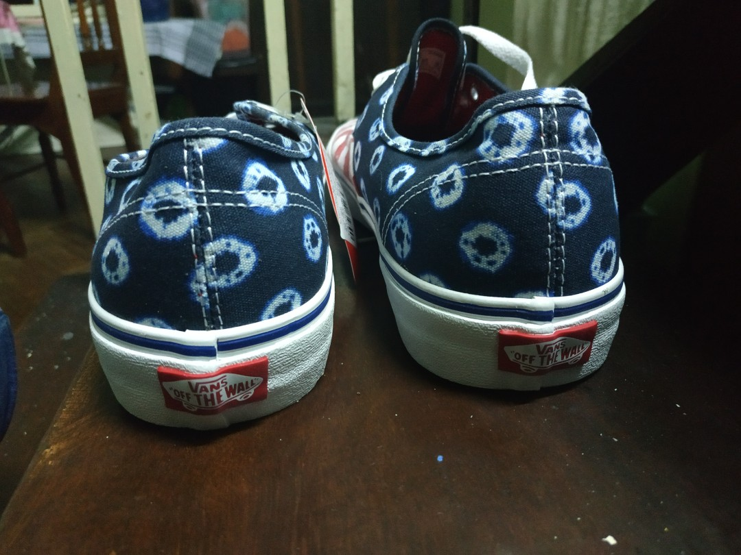 1c8924c4d8f Vans Dyed Dots and Strips (Blue Red)