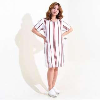 White Red Vertical Stripe Tdress