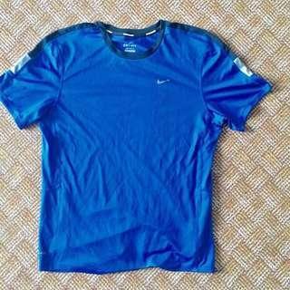 Nike Authentic Dri Fit Tshirt