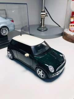 🚚 Maisto 1:24 Mini Cooper British Green