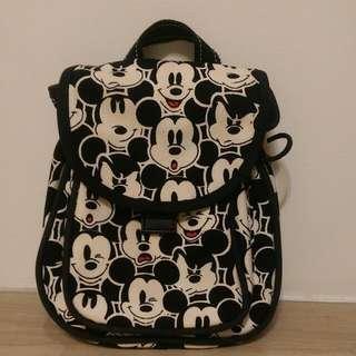 迪士尼滿版米老鼠後背包
