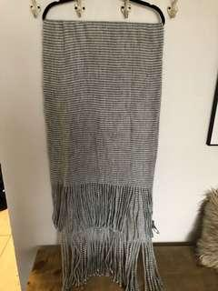 Striped blanket style scarf
