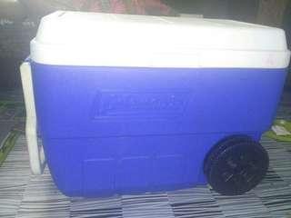 Coleman 56 qt wheeled cooler