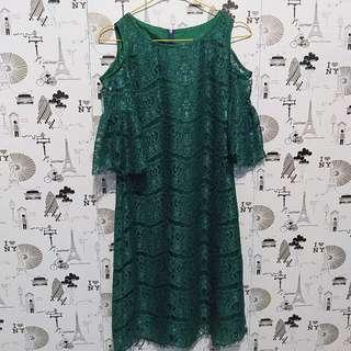 Lace green dress