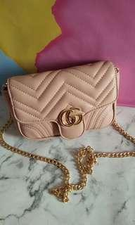 gucci marmont small size