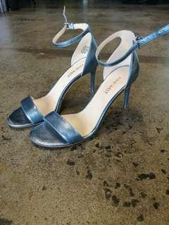 Nine West metallic blue heels, perfect for Melbourne cup / spring season