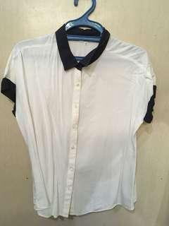 UNIQLO Polo blouse