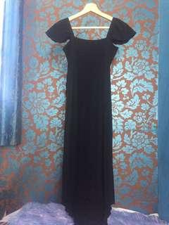 Black dress by tin wah