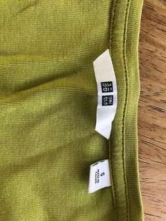 UNIQLO - green long sleeves