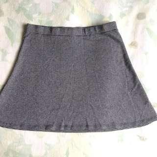 BERSHKA skirt - size L