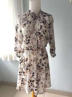 Executive Office Dress - Flowery