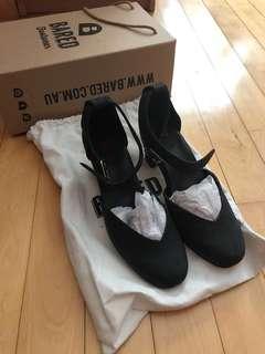 BNIB Bared Footwear Swift Black Nubuck 37
