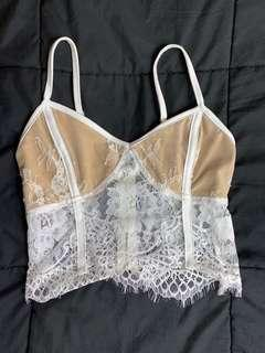 Ava ever lace crop