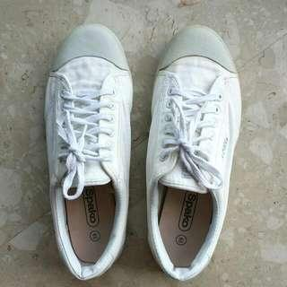 White School Shoes Size 46 For Very Large Feet