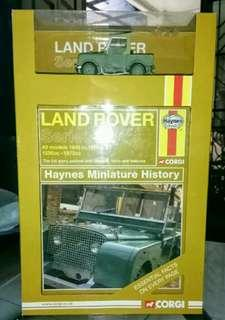 Set Miniatur Haynes Landrover Series 1 + Mini History book & Car box Set