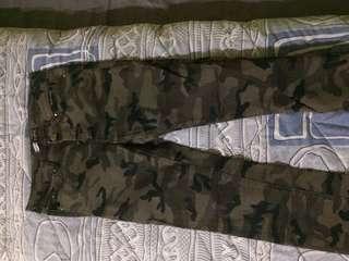 Steadivarius army jeans