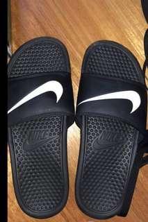 Nike unisex slides