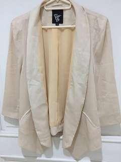 Authentic Vero Moda Sheer Drape blazer - Beige/Silk