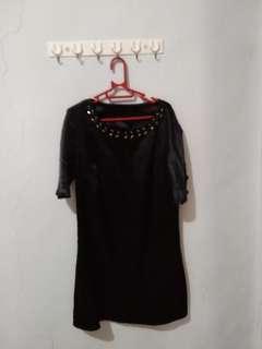 Dress hitam glossy
