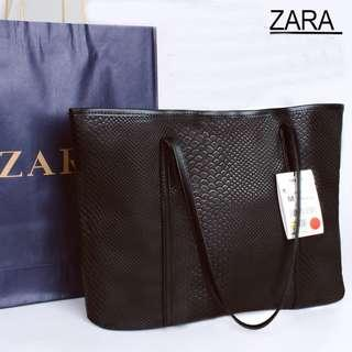 💥SALE💥 Instock! ZARA Snakeskin Texture Shopper Tote Bag (Black) ASC3218 + FREE Post!