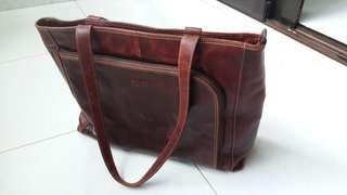 Picard Heathrow Ladies bag. 39cm x 11cm x 30cm. Genuine leather.