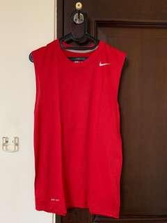 NIKE DRI-FIT sleeveless training tshirt