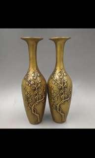 銅花瓶一對