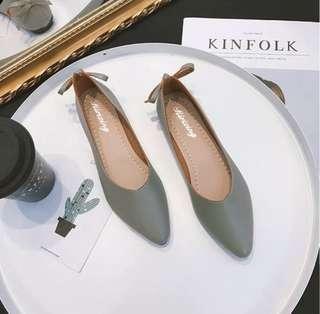 後跟蝴蝶結 軟皮 平底鞋 Ribbon flat shoes