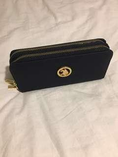 U.S Polo Assn. wallet clutch navy blue