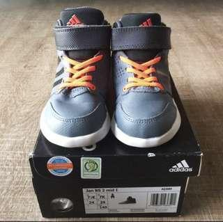 🚚 Adidas High Cut Boots in US 7.5K / UK 7K