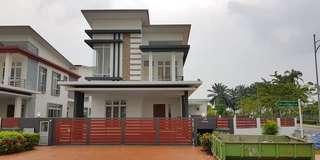 Bungalow Casa Idaman Setia Alam for sale