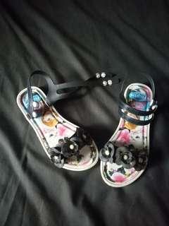 Sandal anak size 35