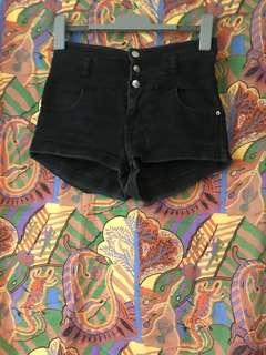 Suprè High waisted black shorts XS
