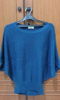 Series knit top