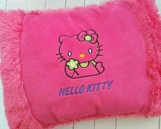bantal hello kitth