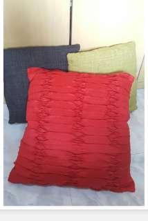 New Sofa Pillow Set (3pcs)