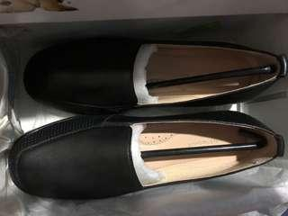 Hush Puppies Black Loafers