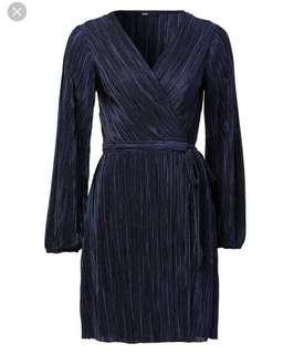 Crinkle wrap dress
